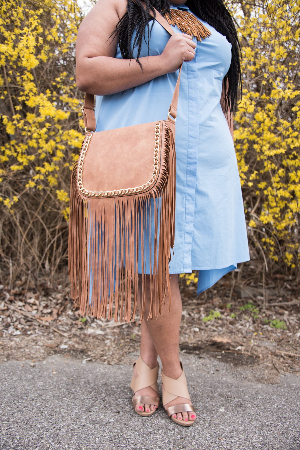 Neutral Fringe with metal accents! This ain't no Western baby ;-).