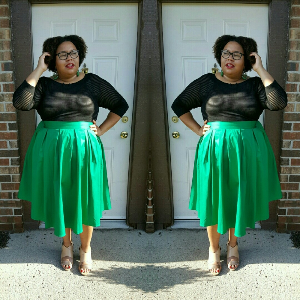 Doing a double take in this fab skirt!
