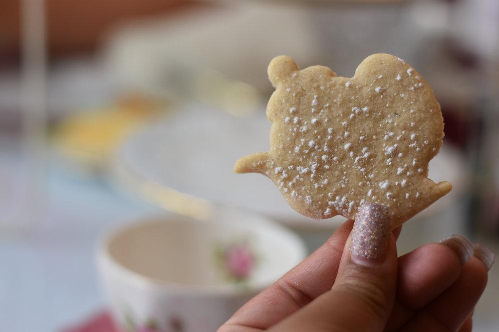 tina's traditional tearoom teapot cookie