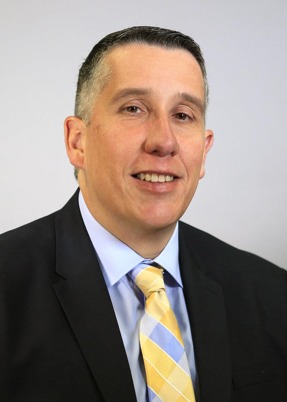 Dr. Raul Escarpio