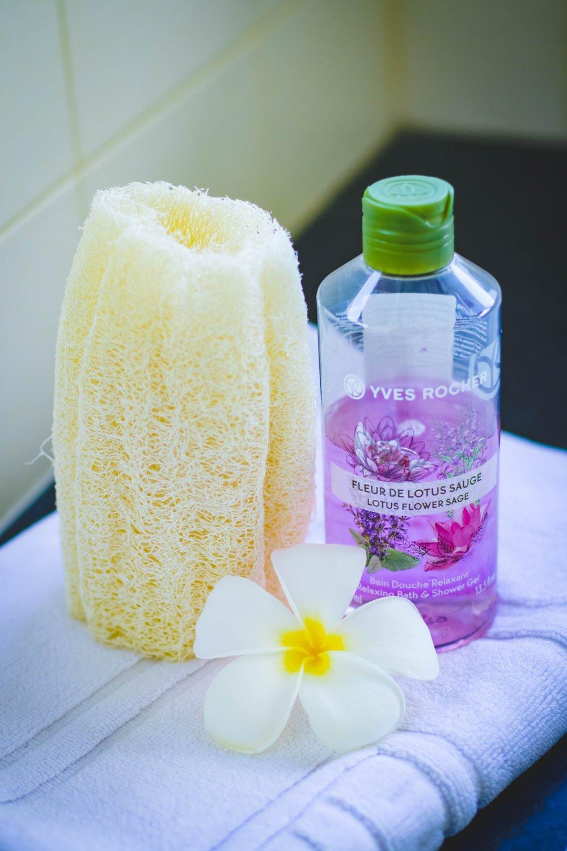 aromatherapy-bath-bathroom-965985.jpg