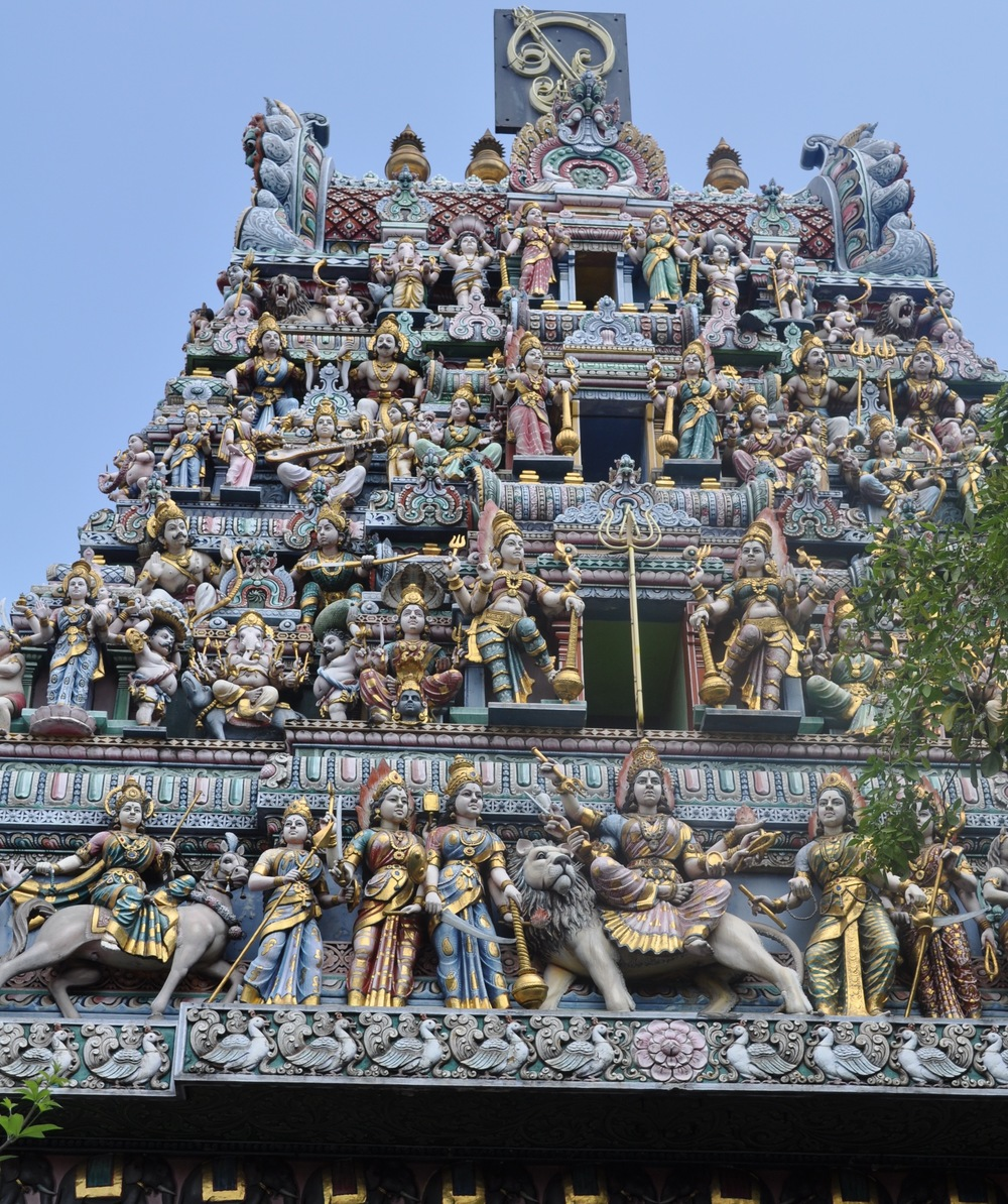The roof of a Hindu temple with statues of many gods ©kidcyber