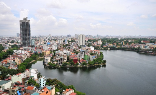 Hanoi beside the Red River. Photo:©iStock
