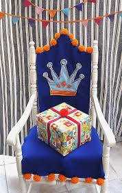 A Dutch birthday chair in a crown year