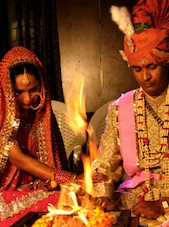 A Hindu bride and groom ©Jupiter Images