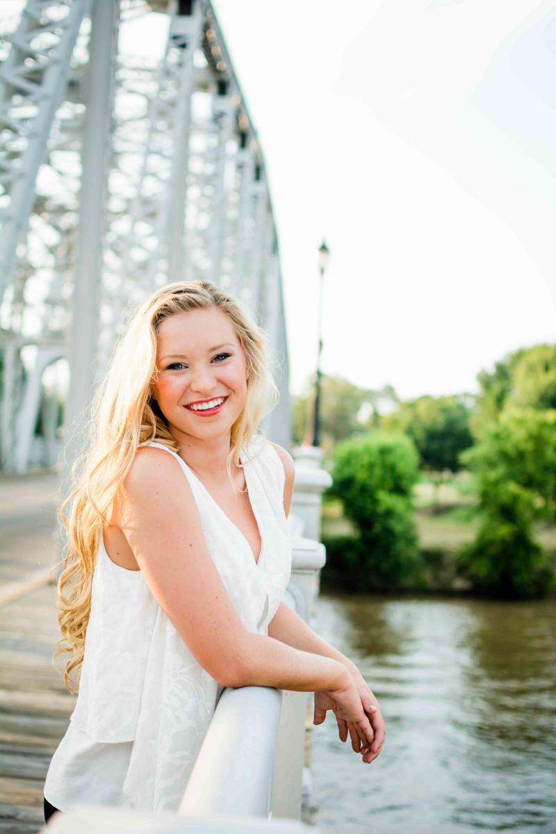 Carley Grace Kirk Senior 2016-30.jpg