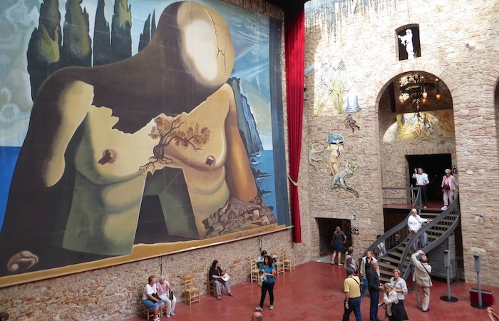 Inside the Dali museum
