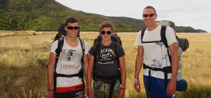 Super guys - what a bunch of good looking backpackers!