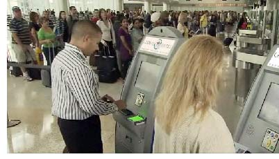 Global Entry kiosks (image from creditcardforum.com)