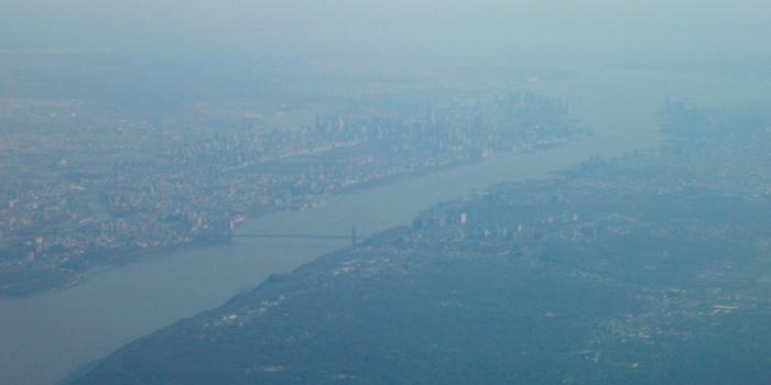 Manhattan, ladies and gentlemen!