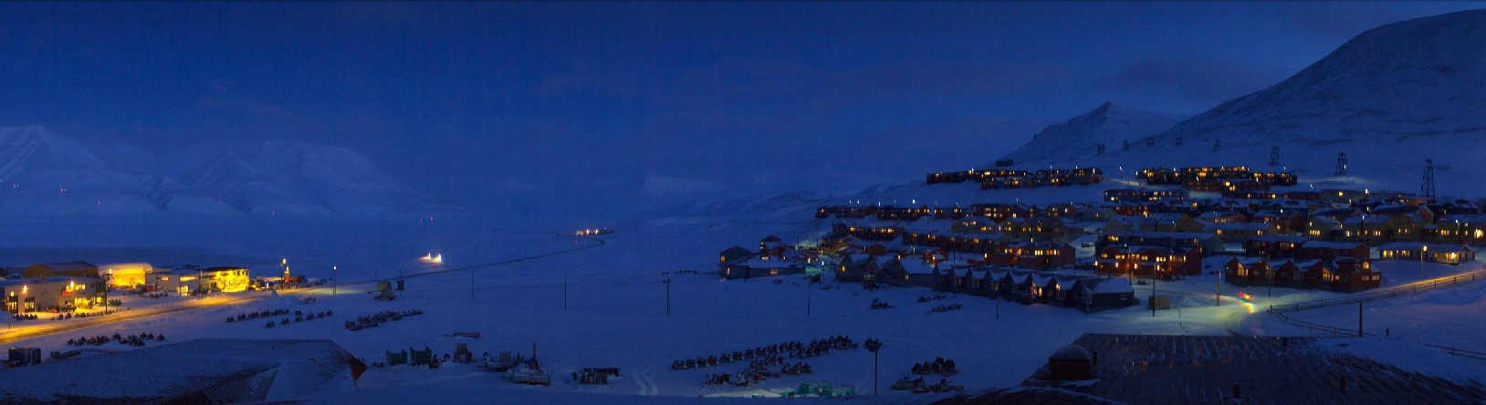 Longyearbyen today! Click to enlarge (courtesy of Borealis LiveCam)