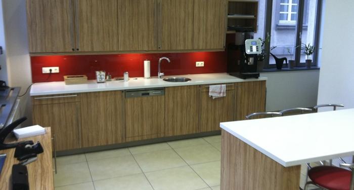 Regus Frankfurt Skyper Villa kitchenette
