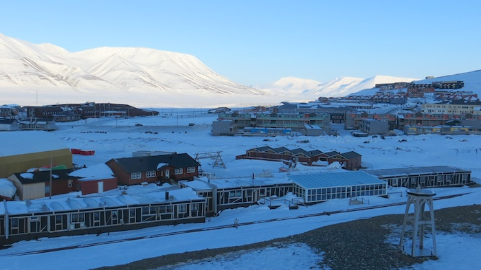 Another view of the town with Polariggen at the foreground
