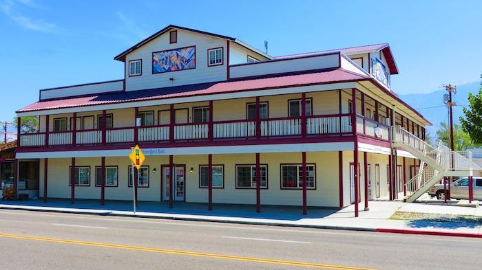 Mt. Whitney Portal hostel in Lone Pine
