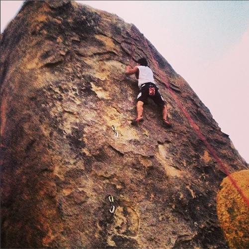 Alec (@alecagarcia) rockclimbing in Alabama Hills