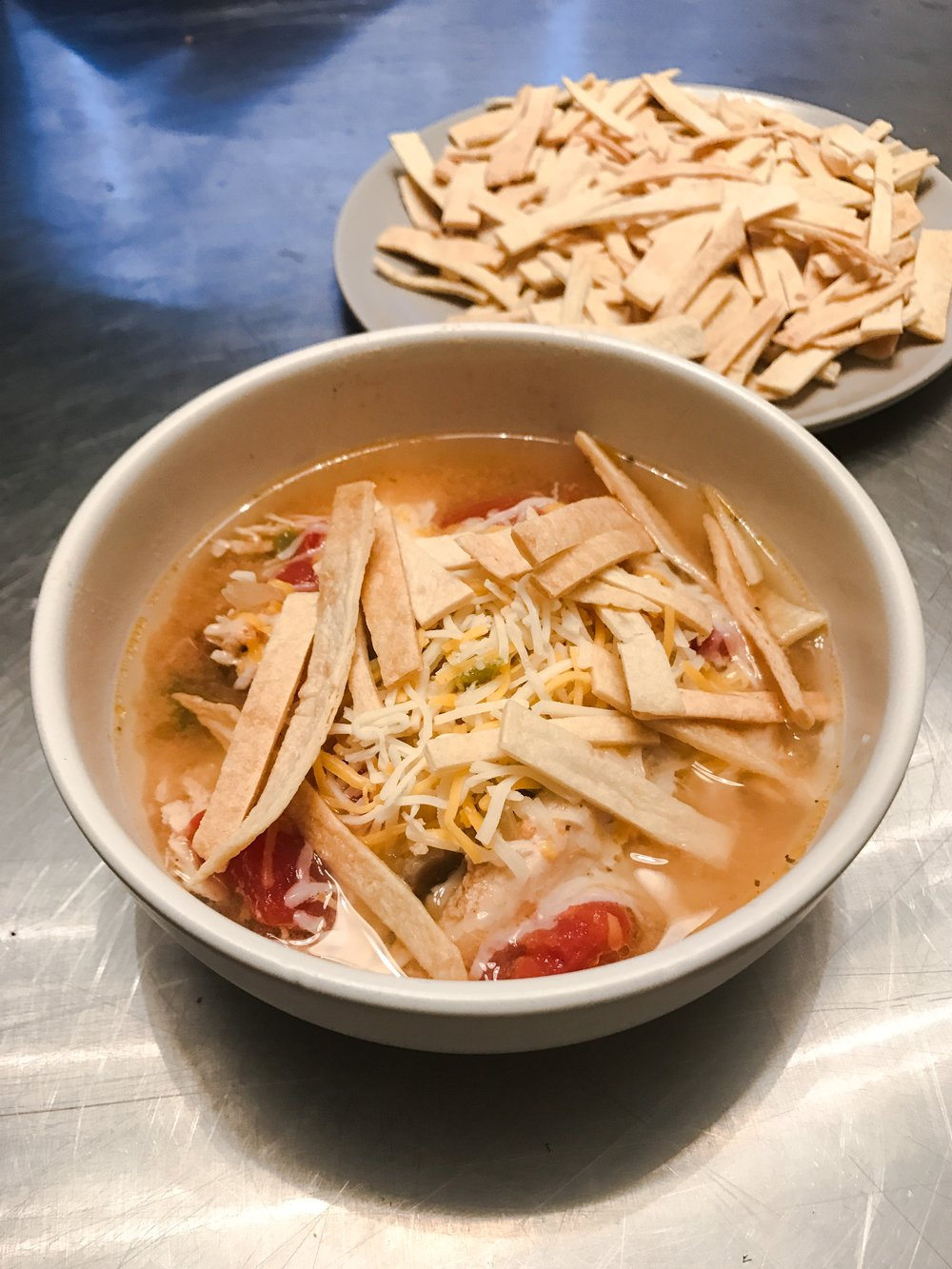 KETO RECIPE: LOW CARB CHICKEN TORTILLA SOUP by Jen Fisch via Keto In The City