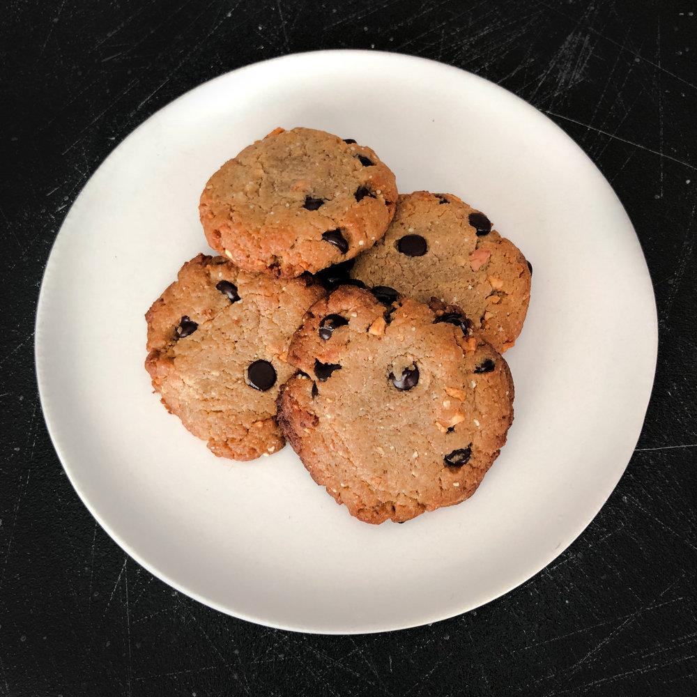 KETO RECIPE: LEGENDARY FOODS KETO APPLE PIE CHOCOLATE CHIP COOKIES by Jen Fisch via Keto In The City.jpg