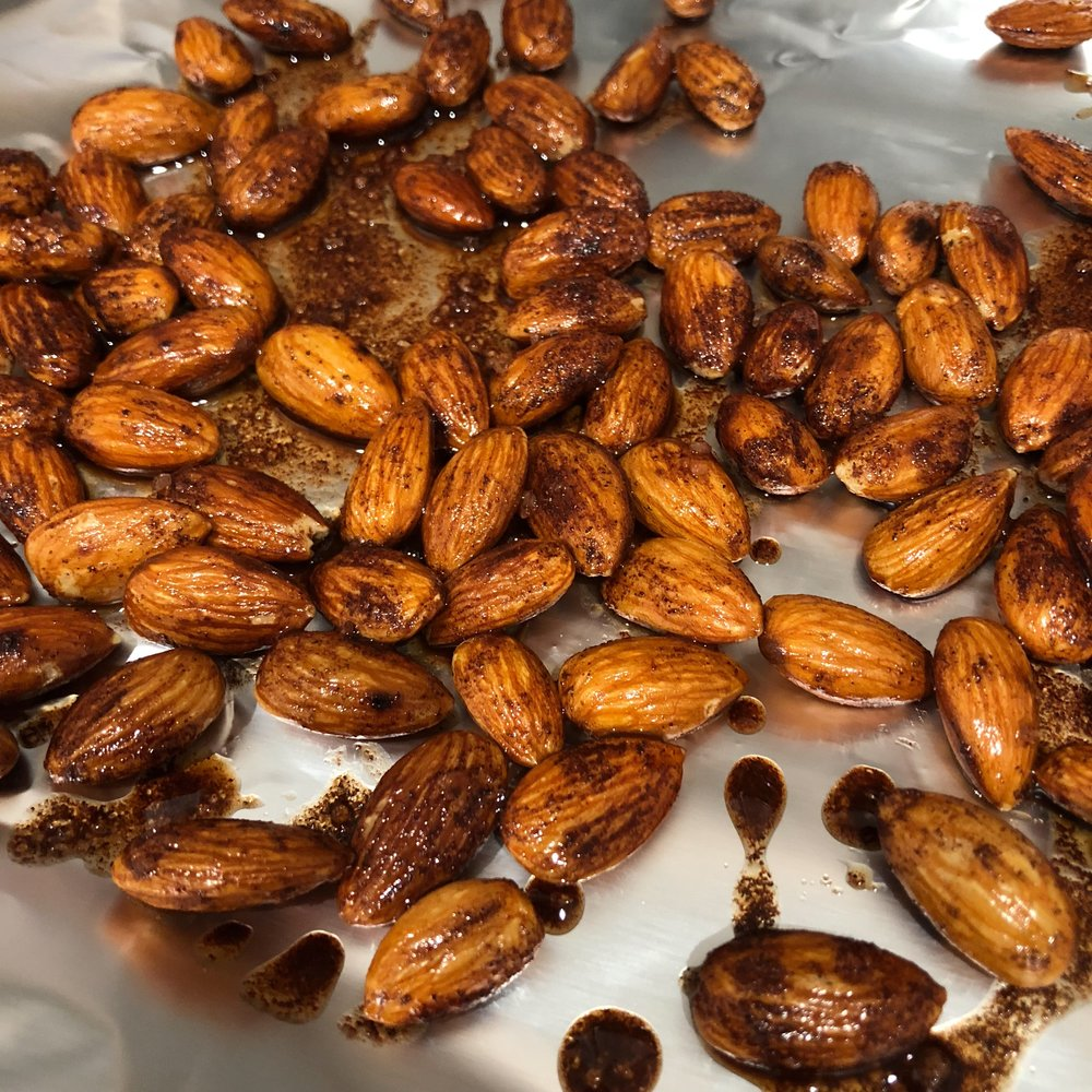 keto snacks almonds