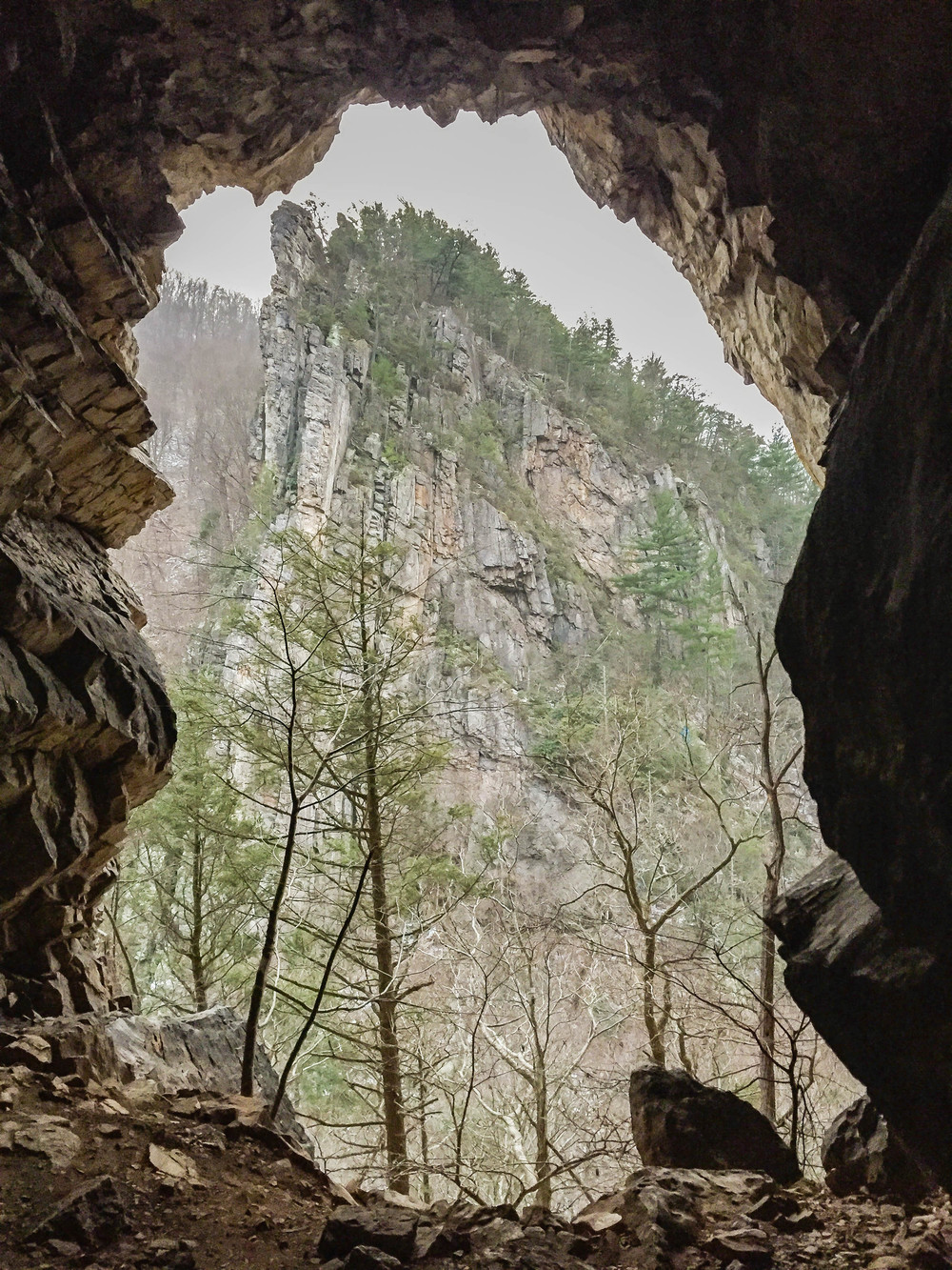 Cave at Seneca Rocks Trail (east side)