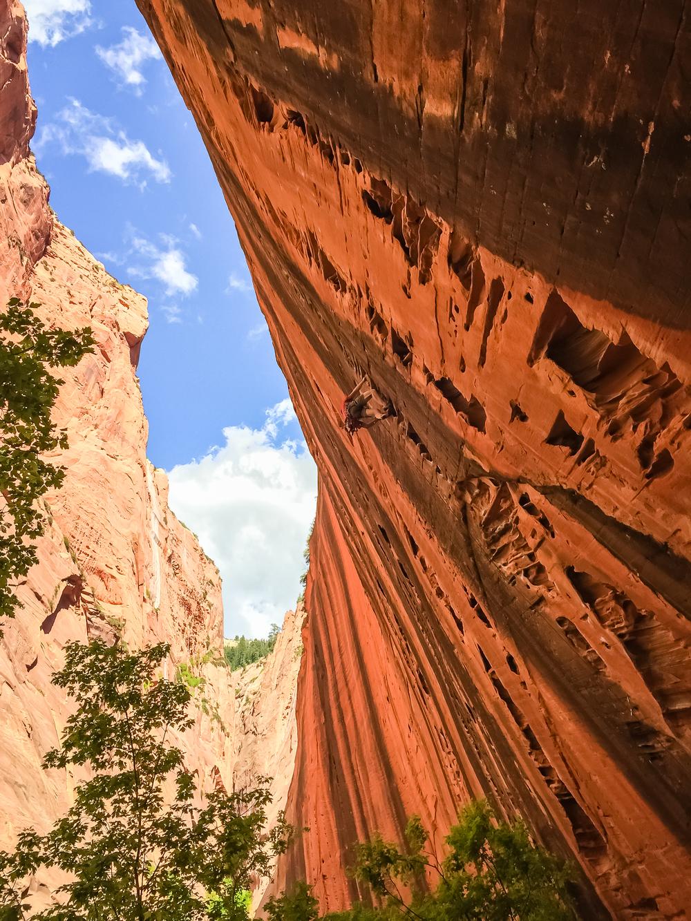 Escalando em Namaste Wall, Zion National Park