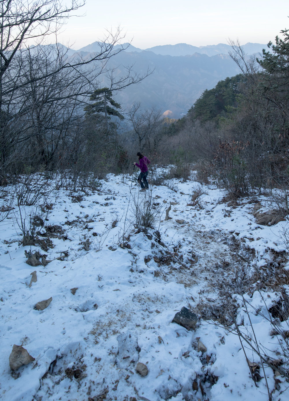 Trail with snow in Qingliang Feng, China