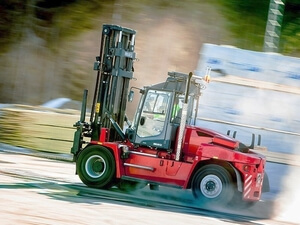 5 - 52 TON FORKLIFTS