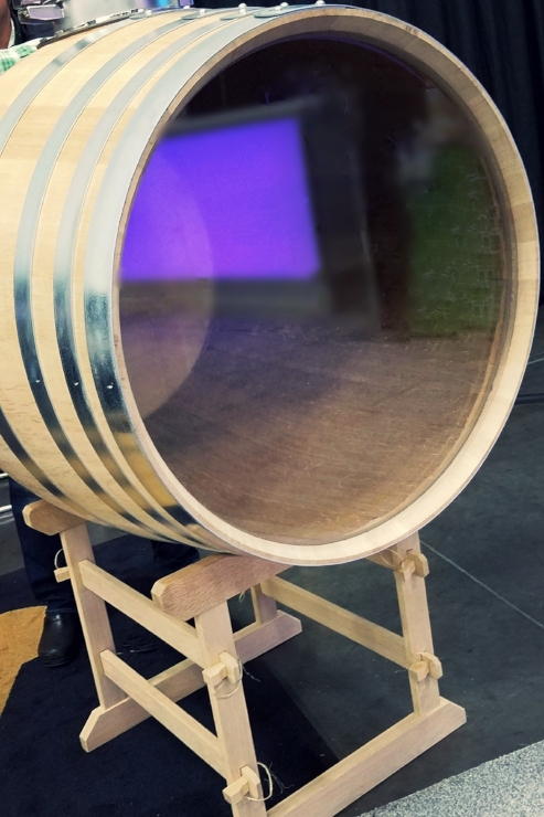 glass+top+wine+barrel.jpg