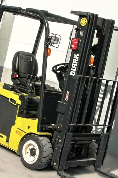 Electric Clark Forklift.jpg