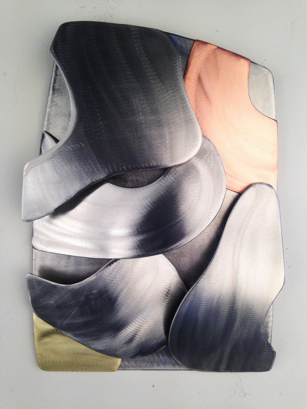 Contorno III (2018) - stainless steel, copper, brass - 34 x 24 cm.jpg