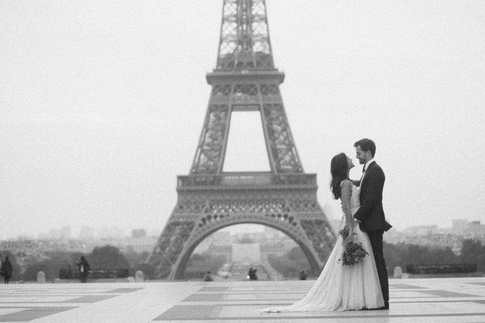 elopement photographer paris