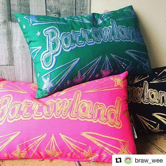 #Repost @braw_wee (@get_repost) ・・・ You can now pre-order the fab @jillkirkham Barrowland Cushion from the Braw Wee website. We will pass on your orders to Jill who screen prints and sees each cushion with her own fair hands! We aim to have the cushions with you within 10 working days. #barrowland #cushion #brawwee #christmasiscoming #gifts #cushions #madeinscotland #scottishbrands #shoplocal #madelocal