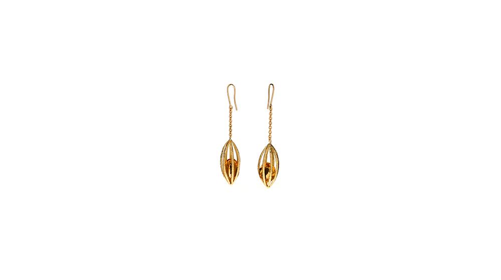 Boucles d'oreilles sur chaine, citrine et or jaune 18 carats.