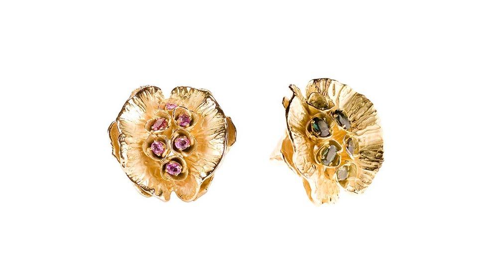 Bague naïade, saphirs roses et or jaune 18 carats|  Bague naïade, saphirs verts et or jaune 18 carats.