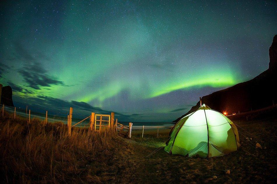 nordlysvakt-fra-teltet.jpg