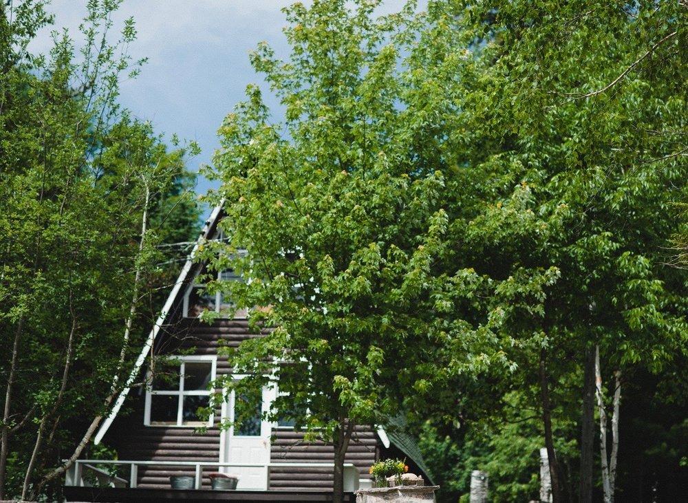 095_jenn-dave-stark-summer-camp-timberlane-wedding(pp_w1200_h798).jpg