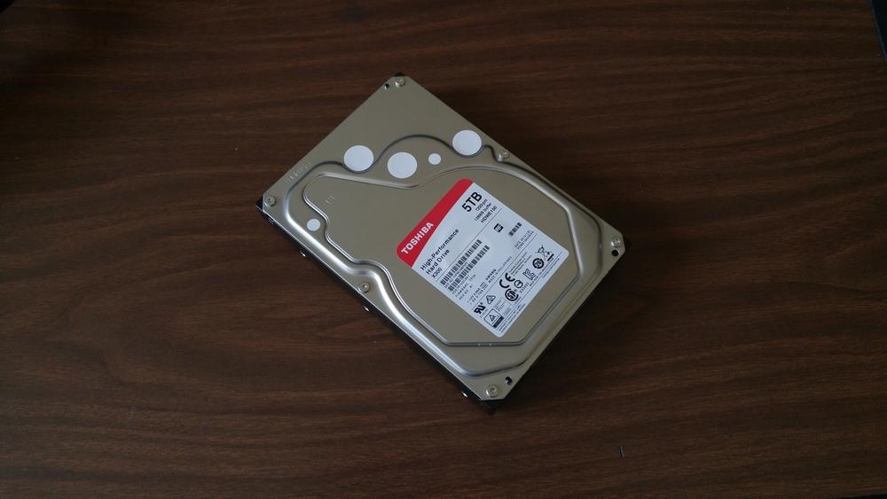 My brand spankin' new Toshiba X300 5TB drive.