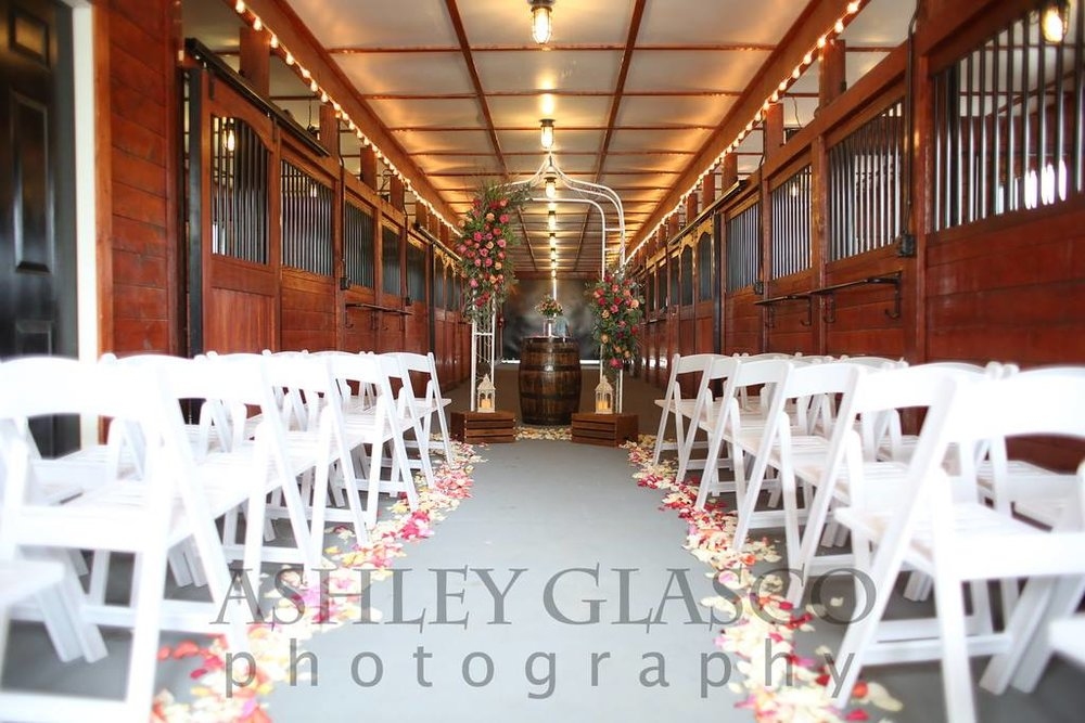 carriage barn styled shoot.jpg