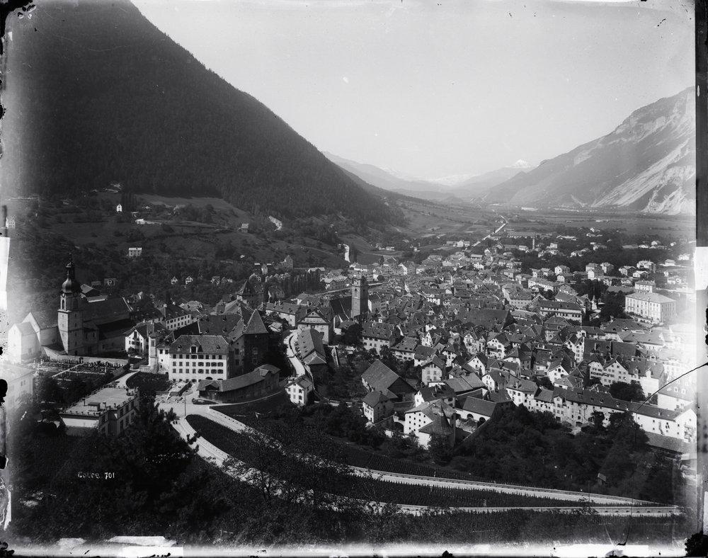 Ansicht der Stadt Chur in Richtung Bündner Oberland, undatiert.  Staatsarchiv Graubünden, Chur, FN-IV-24-30-C-1