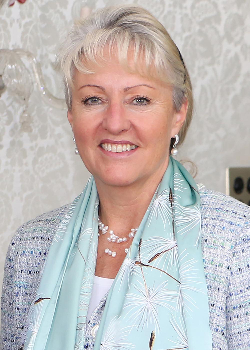 Barbara Janom Steiner ist Finanzdirektorin des Kantons Graubünden.  Bild: zVg