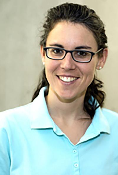 Simona Tam Schwarzen arbeitet am Medizinischen Zentrum «Gleis d» in Chur.