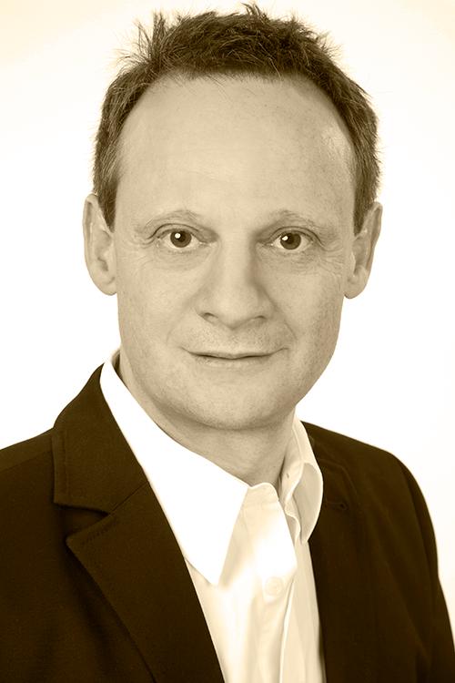 Stefan Engler ist Bündner Ständerat und Mitglied des Bildungsrates des Gymnasiums Kloster Disentis.  Bild: zVg