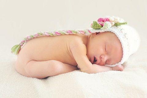 Green poop in newborns