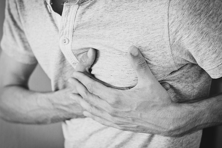 chest pain- right side