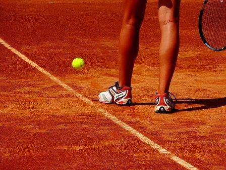Tennis leg knee pain.jpg