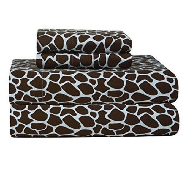 Pointehaven-Heavy-Weight-Printed-Flannel-Queen-Sheet-Set,-Giraffe-Print,-Chocolate-compressor.png