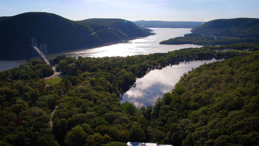 Bear Mountain Bridge Aerial.jpg