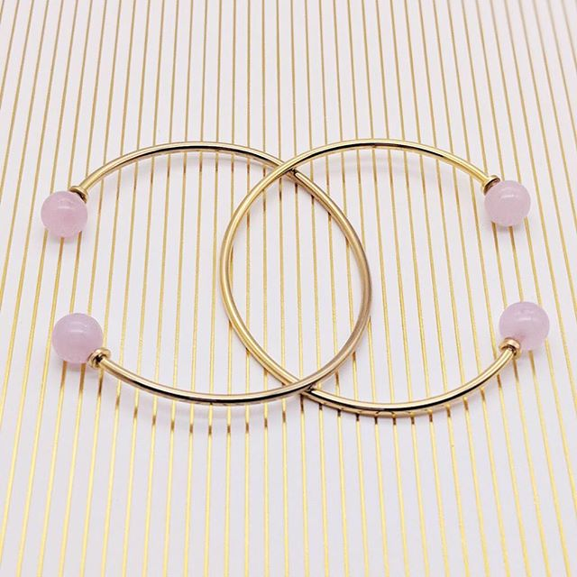 Today is International Women's Day - give yourself some love and let's celebrate all the good women do in this world! #forgood #meandemforgood #internationalwomensday #celebrate #rosequartz #selflove #bangle