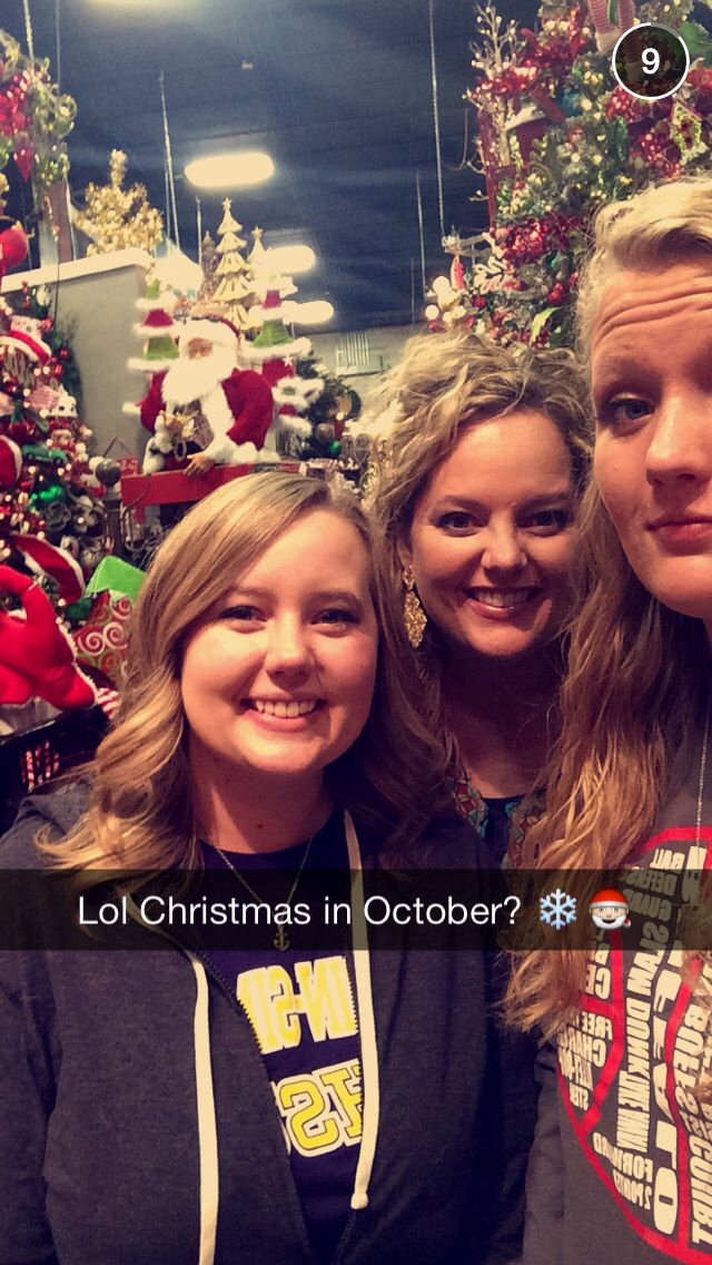 miss caseys Christmas store, shopping fun with my girls