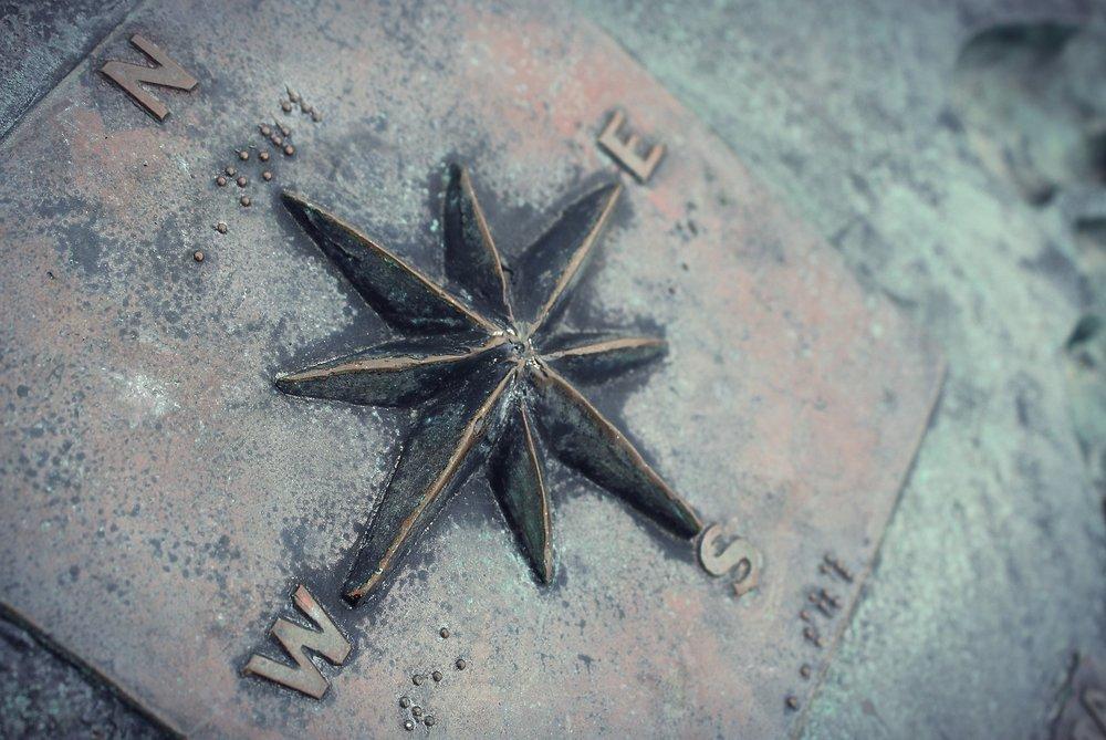 compass-1424709_1920.jpg