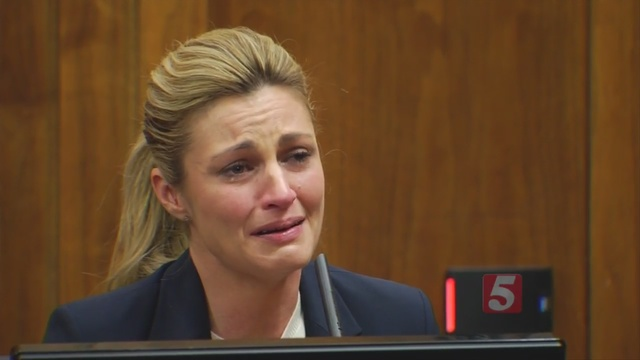 Erin Andrews testifies during her nude video trial
